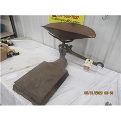 BN- C. Wilson & Sons Scale W Tray - Vintage