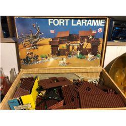 FORT LARAMIE PLAYSET