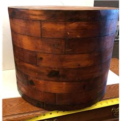 LARGE ANTIQUE WOODEN PULLEY