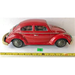 VINTAGE VOLKSWAGEN BATTERY OPPERATED TIN CAR