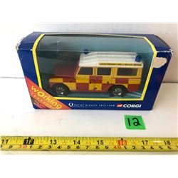 CORGI DIE CAST LAND ROVER FIRE AND RESCUE SERVICE TOY