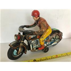 MODERN TOYS TIN MOTORCYCLE WITH RIDER