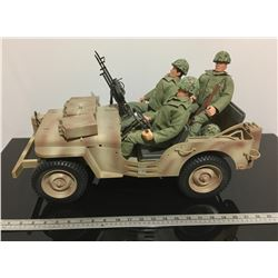 'SOLDIERS OF THE WORLD' WWII JEEP WITH FIGURINES