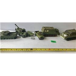 GR OF 5 DINKY DIECAST MILITARY VEHICLES