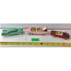 GR OF 3 VINTAGE DIE-CAST CARS