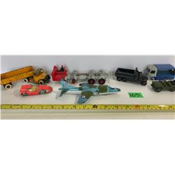 GR OF 7 OLD DINKY TOY VEHICLES