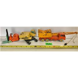 GR OF 3 DINKY CONSTRUCTION VEHICLES