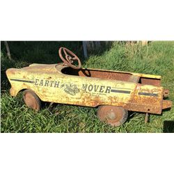 MURRAY TOYS 'EARTH MOVER' PEDAL CAR - 1960'S