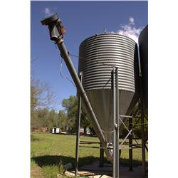 750 Bushel Grain Bin with Auger