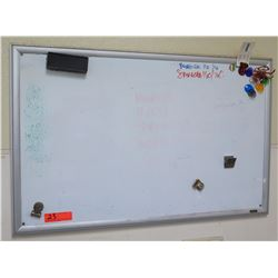 Quartet Wall Mount Dry Erase White Board 23x36