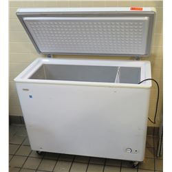 Danby Energy Saver Compact Chest Freezer Unit