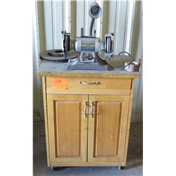 "Craftsman 6"" Variable Speed Grinding Center on Rolling Wood 2 Door Cabinet"
