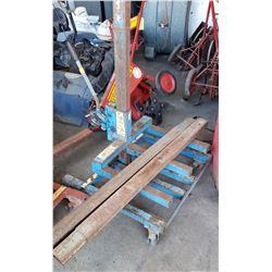Material Lift, Blue Frame