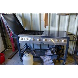 LARGE GRILL CHEF BBQ W/ PROPANE TANK & COVER