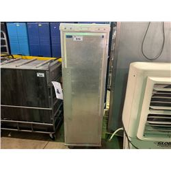 BEVLES COMPANY INC. TRANSI-TRAY ALUMINUM MOBILE ENCLOSED FOOD TRAY TRANSPORT CABINET