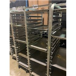 20 SECTION ALUMINUM MOBILE BAKERS RACK WITH 5 BAKING SHEETS