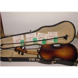 32A back of violin - le dos du violon
