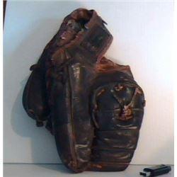 COORS CANADA very thick used basebal glove mitt - CANADA COORS gant de baseball très vieux et usé