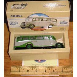 Corgi Bedford Grey Green limited edition toy in box still mint - jouet encore neuf en sa boite