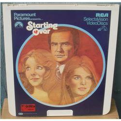 """13x14"""" home videodisc Starting Over - en anglais disquevideo"""