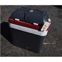 Koolatron P25 12Volt Cooler/ Heater