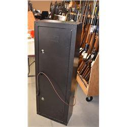 Homak 5 Gun Safe and Riflescope
