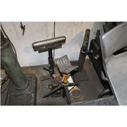 3 ROLLING STANDS, PINTLE HITCH & CORDS HANGING ON PALLET RACKING