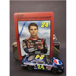 """Signed Jeff Gordon 2002 Monte Carlo Elite Car- 1/2504- Box- 8.5""""L X 3""""W X2.5""""H"""
