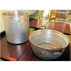 Large Commercial Stock Pot w Handles & Metal Colander