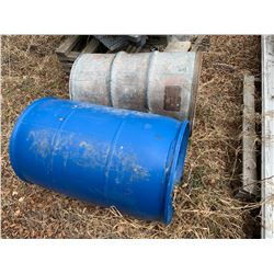 2x 45 Gallon Barrels (1x Plastic, 1x Metal)