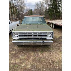 1976 Dodge 200 - 2 WD - 440 CU.IN. Motor Auto - SK Reg. D24BD65262315