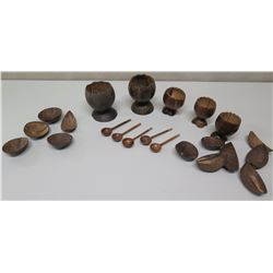 Polished Coconut Serveware: Footed Bowls, Condiment Bowls, Spoons (Honolulu Academy of  Arts)