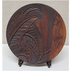 """Carved Round Wooden Plate w/ Stand, Leaf Patter, by Monkey Pod Honolulu 14"""" Dia"""