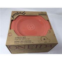 Oneida Petals Collection 3Piece Set