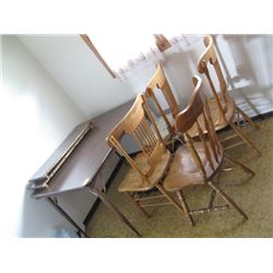 DINETTE TABLE W/4 WOOD CHAIRS
