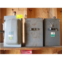 3 ELECTRIC SWITCH BOXES