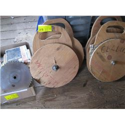 LARGE LOT OF SAW BLADES