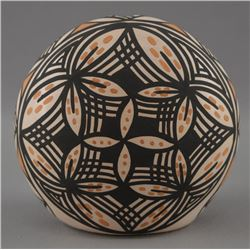 ACOMA INDIAN POTTERY SEED JAR (MARCELA AUGUSTINE)