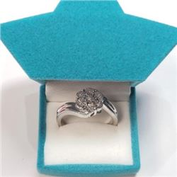 Silver 7 Diamonds Ring (~Size 7) (~weight 3.12g), Suggested Retail Value $180