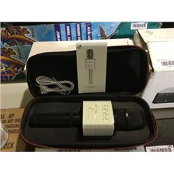 Q9 Wireless Karaoke Microphone