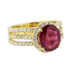 5.42 ctw Ruby and Diamond Ring - 18KT Yellow Gold