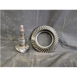 2010 SHELBY GT500 8.INCH RING AND PINION NO RESERVE