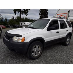 B2 --  2003 FORD ESCAPE XLT  , White , 184468  KM's