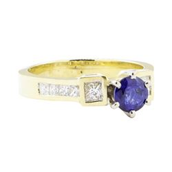 1.24 ctw Sapphire And Diamond Ring - 14KT Yellow Gold