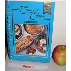 Compagny's Coming Lunches Cook Book Alberta's Jean Paré -156 pages 1996 livre en anglais de recettes