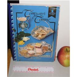 Compagny's Coming 150squares Cook Book  Jean Paré -152 pages 1994 livre en anglais de recettes