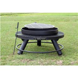 "ROCKIN B OUTDOORS: 36"" Firepit with Shelf and Footrest"