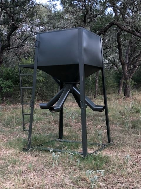 ATASCOSA WILDLIFE SUPPLY: 2,000 LB Protein Feeder with Skids and Fill Platform