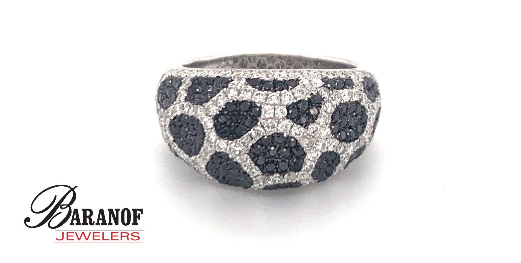 NATURAL BLACK & WHITE DIAMOND RING