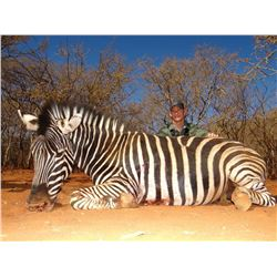 MOTSOMI SAFARIS: 7 Day Safari for 2 Hunters and 2 Observers in South Africa